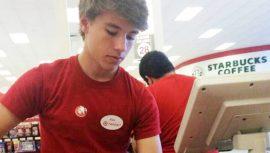 Ein Foto von Alex from Target