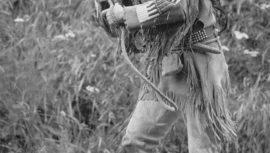 Pierre Brice spielt Karl Mays Winnetou bei den Karl-May-Festspielen in Elspe