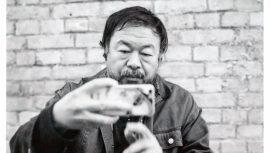 Der chinesische Künstler Ai WeiWei in Berlin Prenzlauer Berg